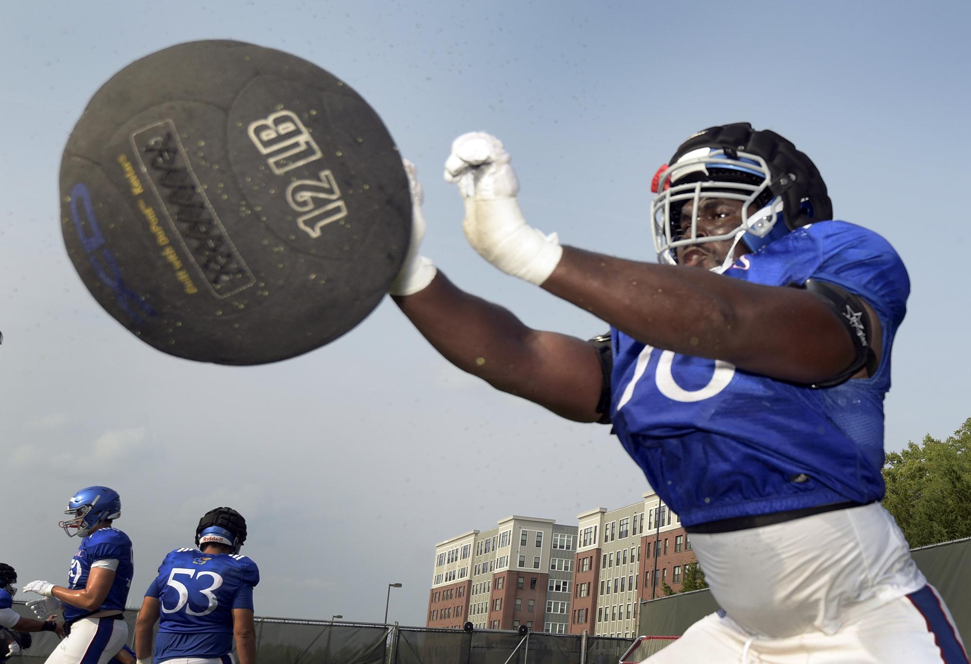 🏈 NFL Mock Draft Primer: Hakeem Adeniji – Kansas Jayhawks