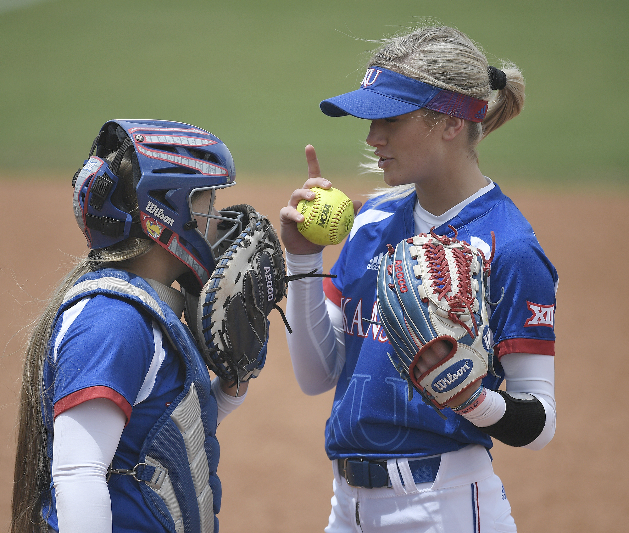 Pruett and Shelby Hughston discussed a game plan.