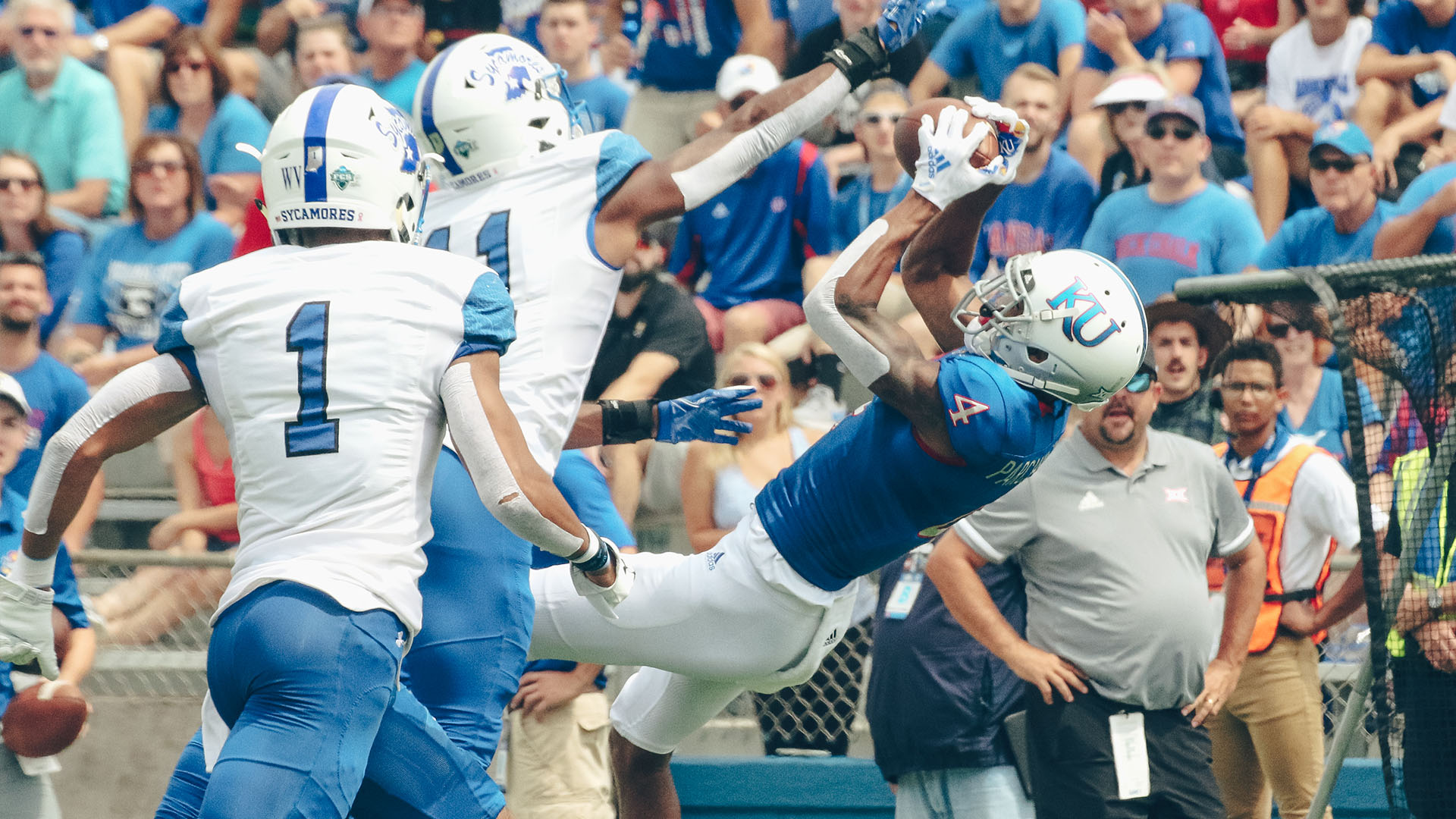 Andrew Parchment hauls in a catch against Indiana State