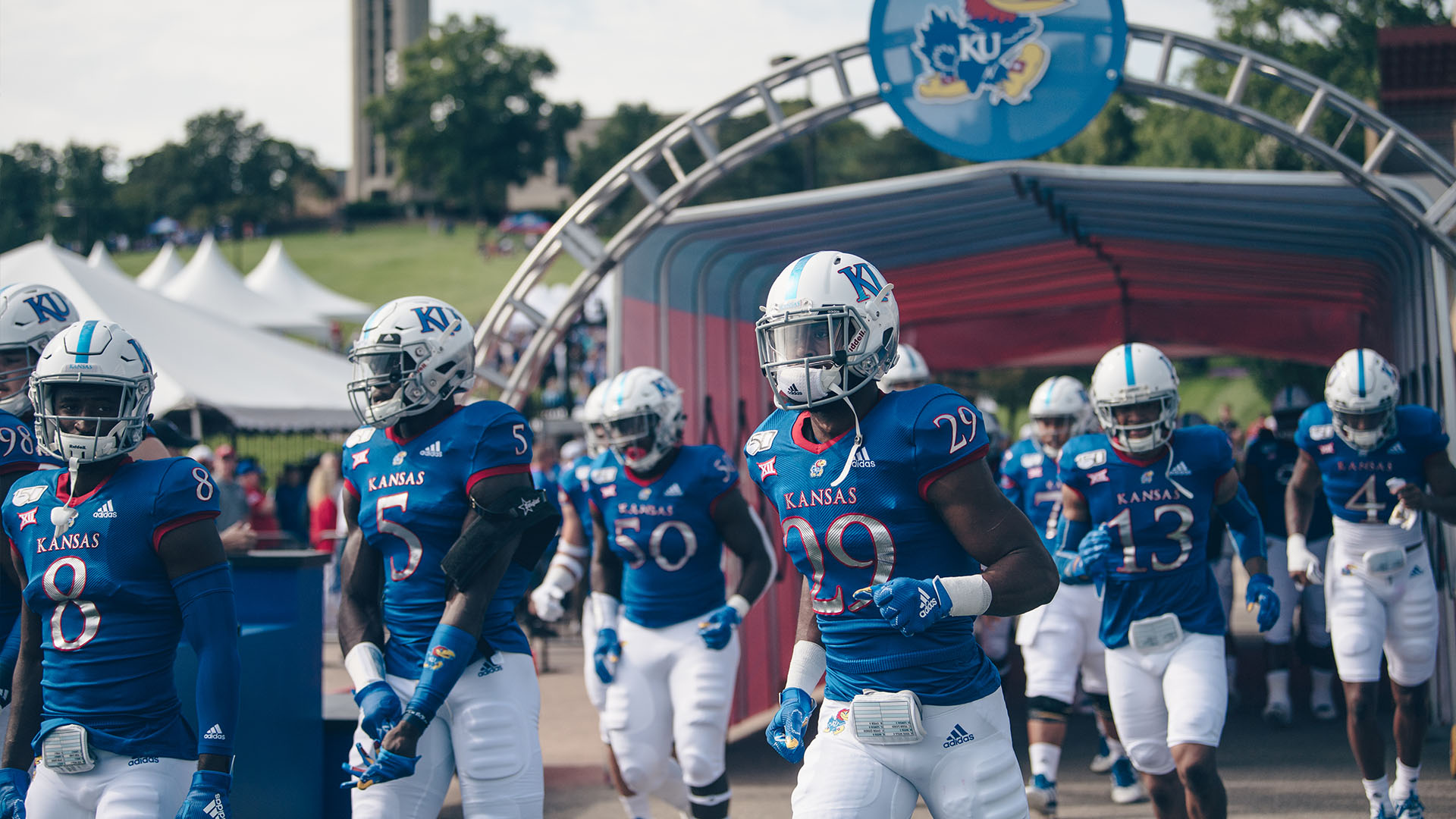 players run out of tunnel indiana state